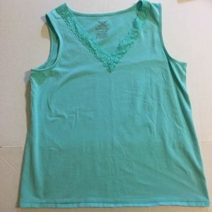 Pale Green tank top XXL with lace V-neck stretchy.